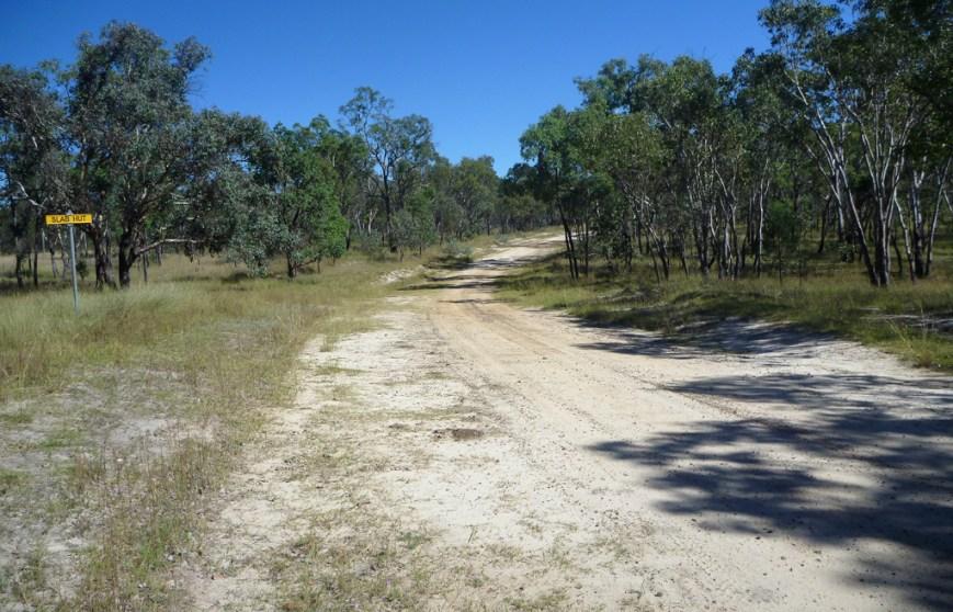 Road-near-slab-hut