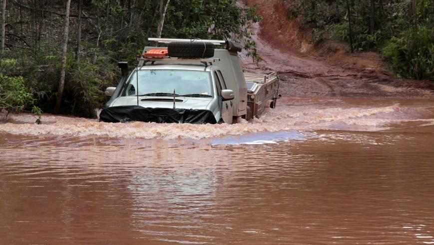 Crossing-Scrubby-Creek