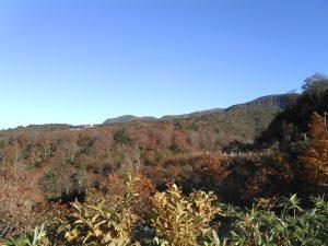 栗駒山荘 須川湖キャンプ場より