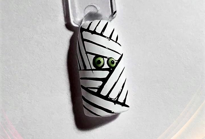 Le top des testeuses Nail art Momie ! Parfait pour Halloween Nail Art Tutoriels