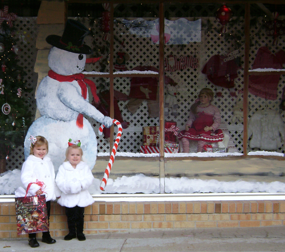 Mallori & Makinley live modeling in the store front window @ Li'l Bits in Holton, KS.