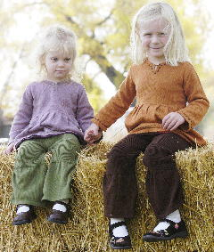 Green Daisies - daughters