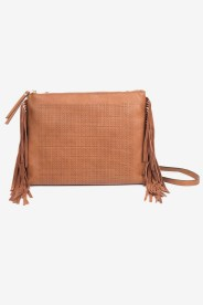 https://www.letote.com/accessories/4326-bailey-clutch