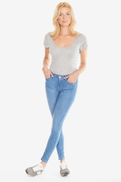https://www.letote.com/clothing/3216-super-skinny-jeans