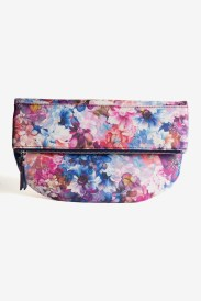 https://www.letote.com/accessories/4628-floral-foldover-pouch