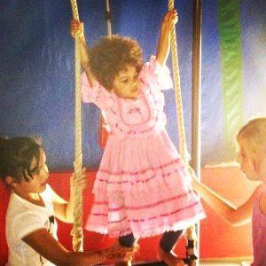 enfant trapeze