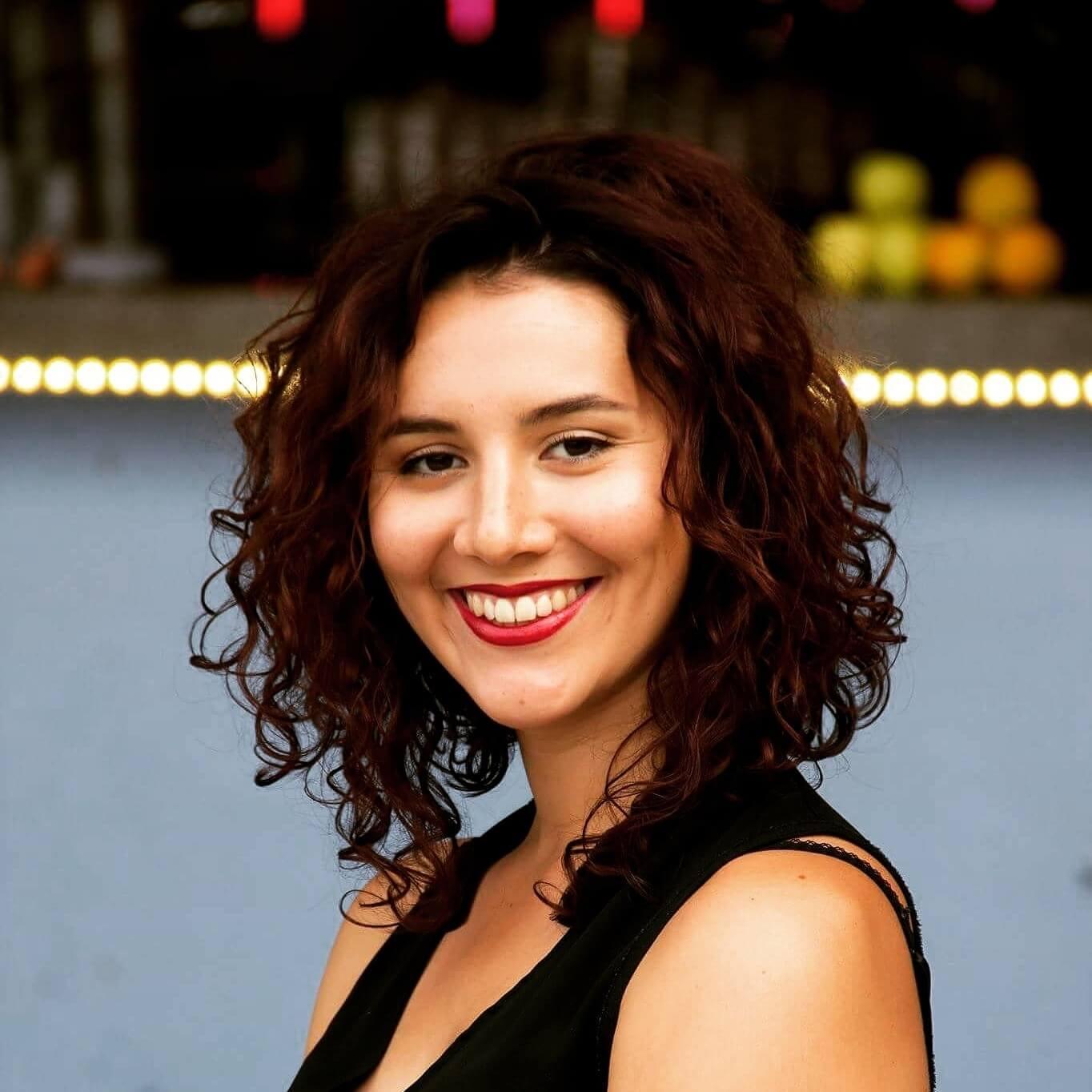 Professeur de théâtre - formation professionnelle - Sarah Zaher