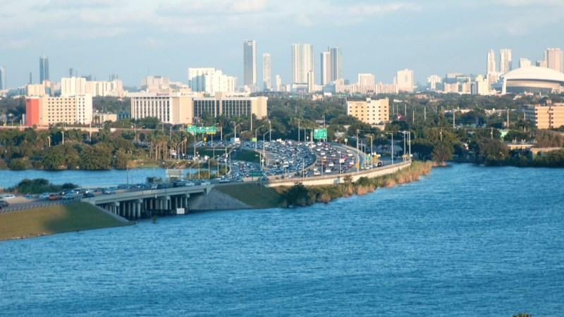 Miami (poemas de la ciudad – poems of the city) | Letra Urbana