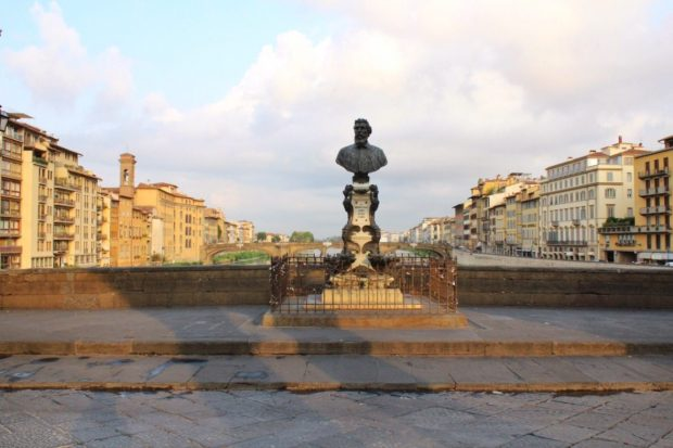The Ponte Vecchio early in the morning