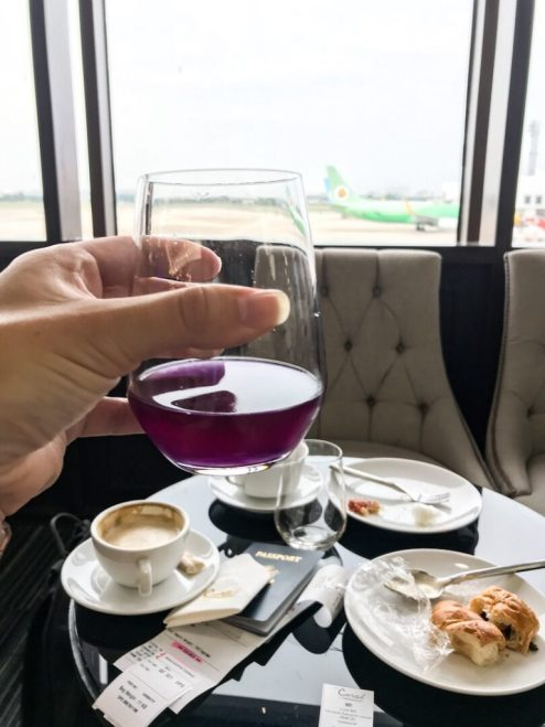 Butterfly pea tea Don Mueang airport Bangkok Thailand