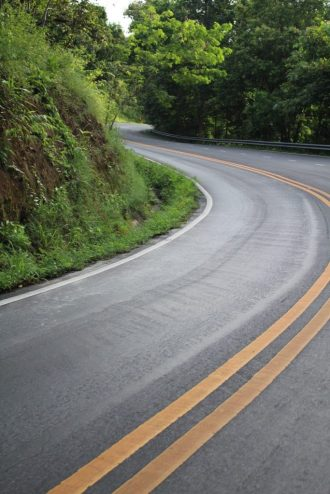 The winding road up the Doi Suthep mountain