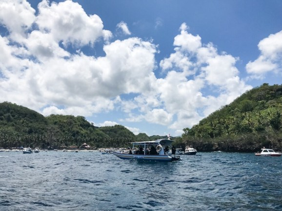 Leaving the shore of our second snorkel spot at Nusa Penida