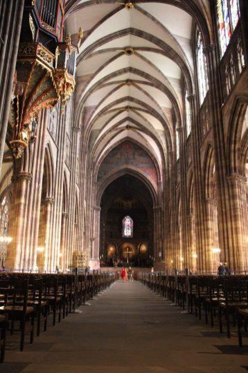 Inside the cathedral notre dame de strasbourg