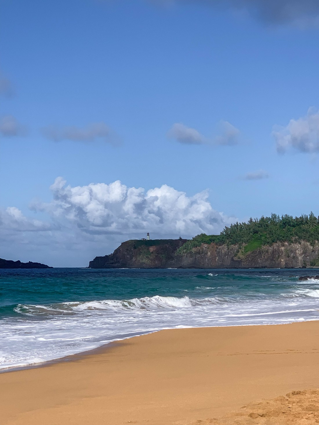 secrets beach in kauai hawaii