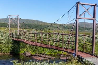 Rostig bro över Vuoruojuhka