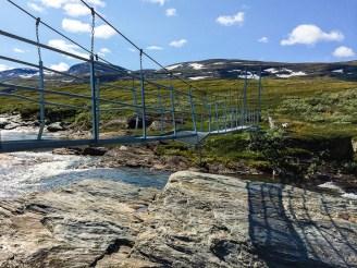Den trasiga bron över Bållávrjåhkå