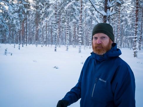 På vandring i ett vintrigt Brattfors