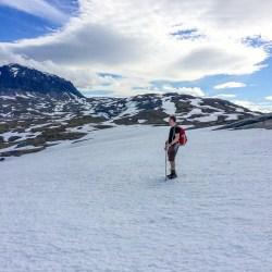 Snöfält på väg ner i Vassevággi