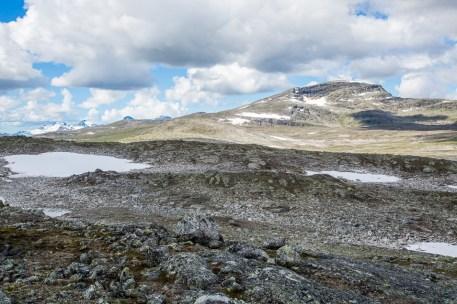 Här ser man både Tsähkok och Vájmokbakte.