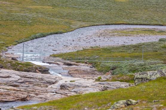 Bron över Stáddajåhkå