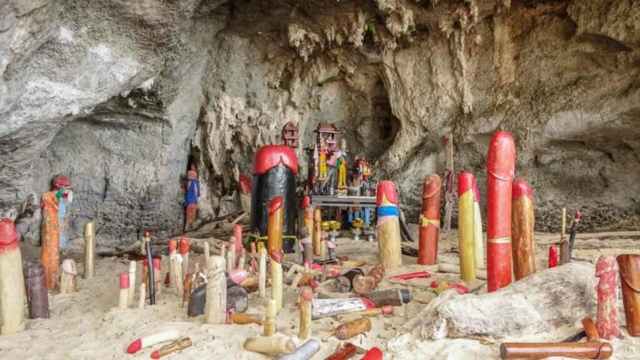 Die Penishöhle von Phra Nang Beach