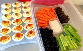 deviled eggs for a picnic