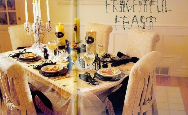 Strašidelný stůl na Halloween - zdroj: OldFashionHalloween
