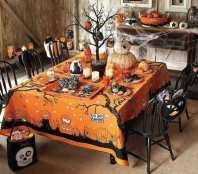 Stůl na Halloween - zdroj: WooHome