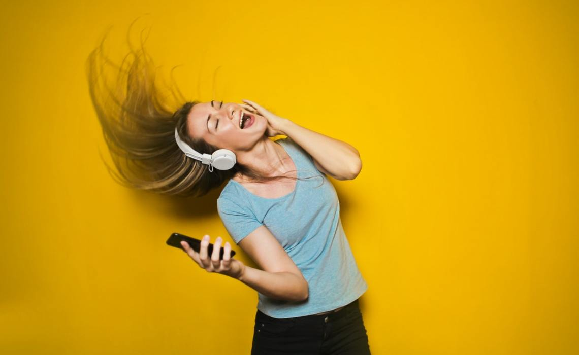 Cool Playlists : How Taste in Music Can Enhance Restaurant Experience & Atmosphere