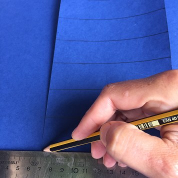 marcamos cartulinas de 3x8cm