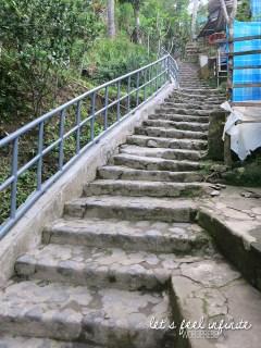 Guning Kawi - Escaliers 3