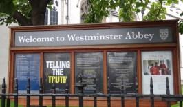 westminster placa 1200x700 Fazendo turismo em Londres na Inglaterra