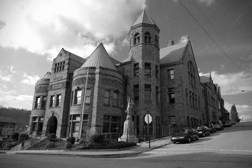 carnegie_library