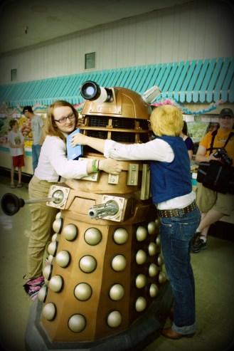 Dalek Gan gets a huga