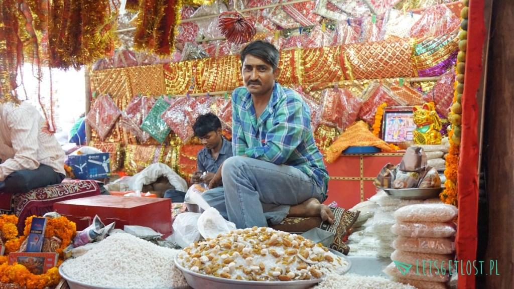 indyjskie bazary sa niesamowite