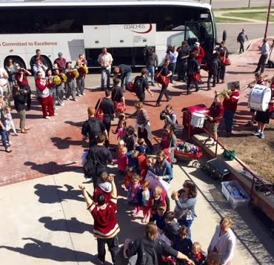 Pioneers Depart for Tampa Business Trip