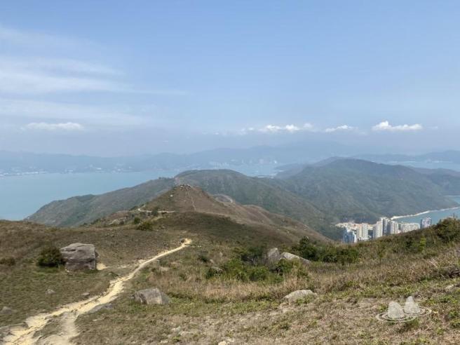 愉景灣道>時峰>二白坳>榴花峒>老虎頭>老虎頭郊遊徑>綠色步道>頤峰>愉景灣道