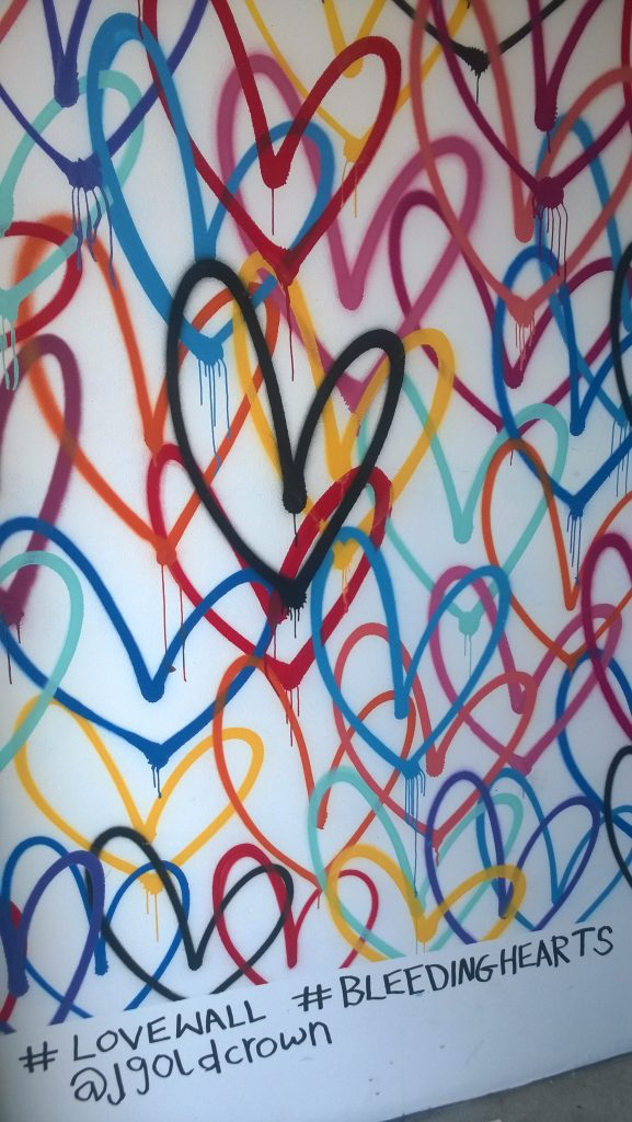 Love Wall @Alfred Coffee