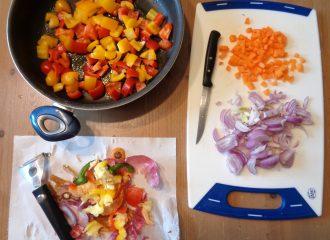 Riso venere con verdure e curcuma procedimento