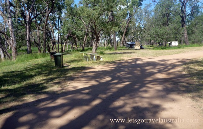 Judds-Lagoon-lower-camping