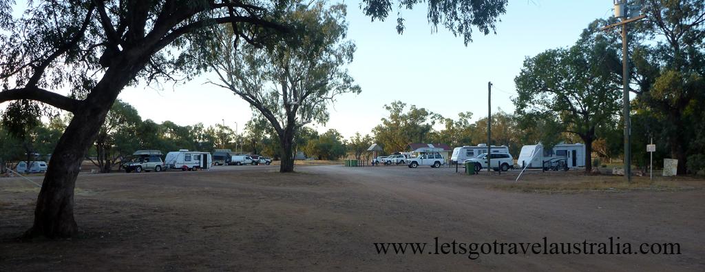 Nindigully-Pub-camping