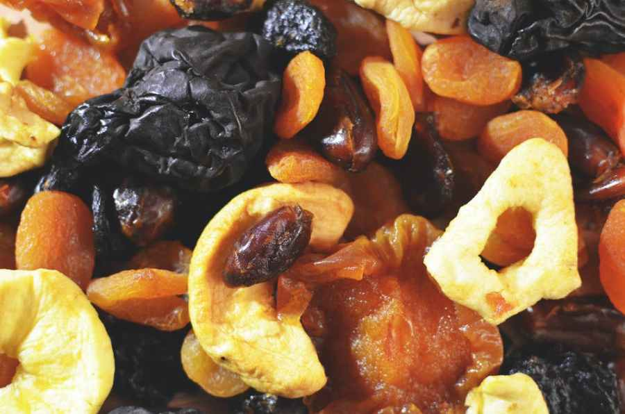 10 Essential Vegan Foods to keep in your Cupboard