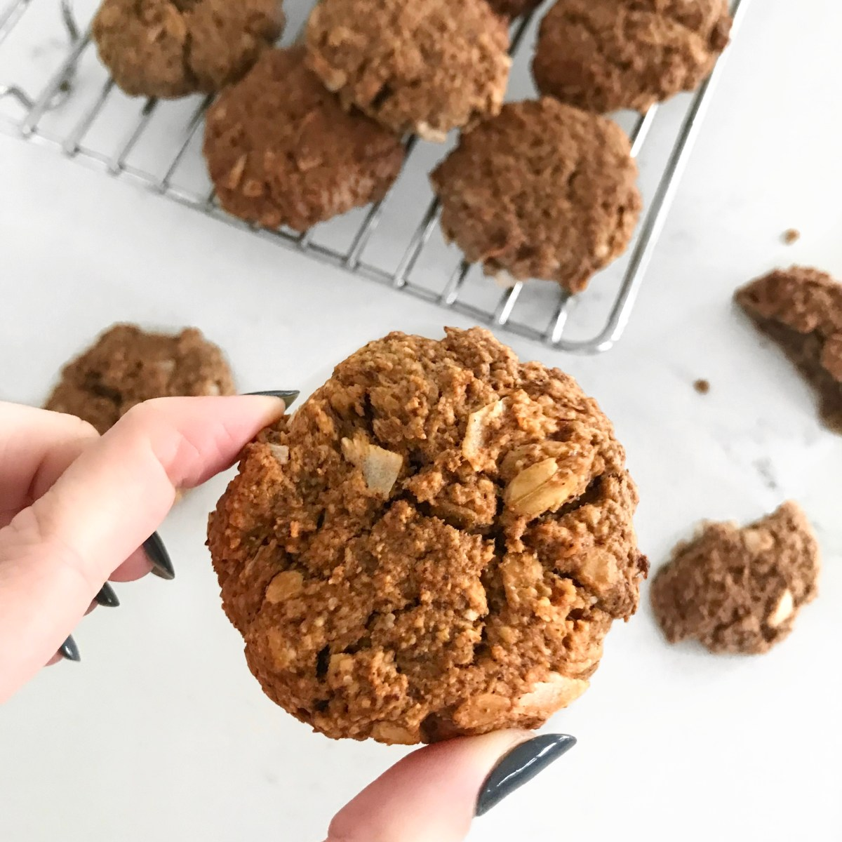 crumbly oat tahini cookies