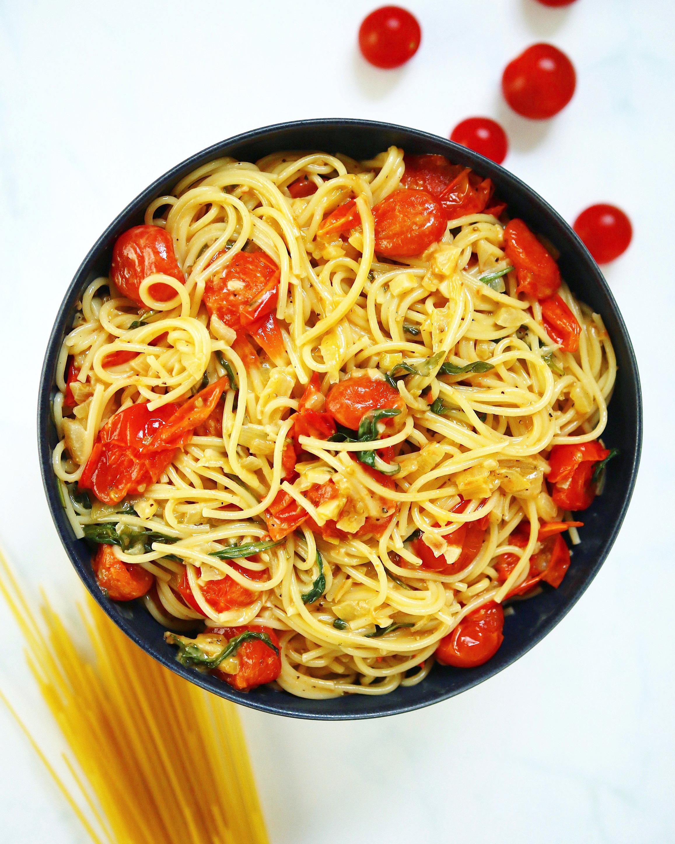 Spaghetti with Tomato & Garlic