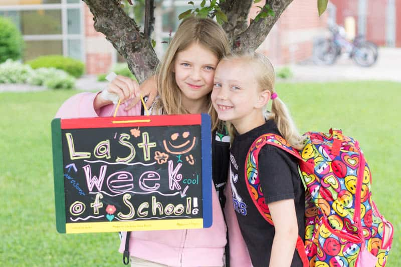 Last Day of School Photos // Great tips on ensuring you get a great photos!