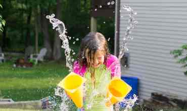 Water Action Photography: How to Take Awesome Pics of Your Kids!