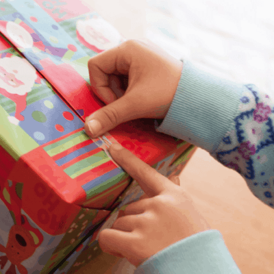5 Tips That Will Help Your Kids FEEL The Joy of Giving