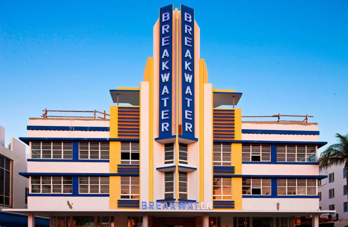 Miami has some of Americas best examples of Art Deco Architecture. I traveled to Miami to document this style in detail as it is in my mind one of the greatest styles of all time.