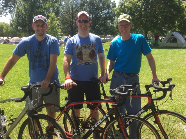 Joe Lindsay r, has ridden the 2,3,4,5,8. In 2014, he got back on Ragbrai w his son Mike(Coz) Linday (a 2003 Central grad). Mikes friend Galen miller is from Blairstown iowa. He's a rookie.