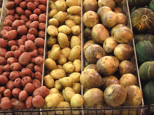 (圖片說明/超市裡的馬鈴薯。)